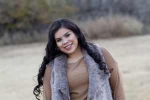 U'Lisa Velasquez_Senior2016_04 copy.JPG